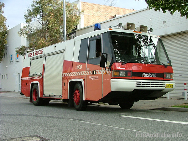 WA FRS Heavy Rescue TenderWA FRS Heavy Rescue Tender. The only Austral Firepac to make it into service, the HRT ran from Perth Station and responded to major accidents and rescues, as well as large structure fires.