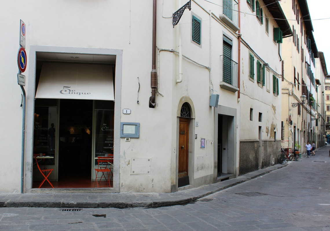 5 E Cinque Vegetarian Restaurant Vegan In Florence Italy