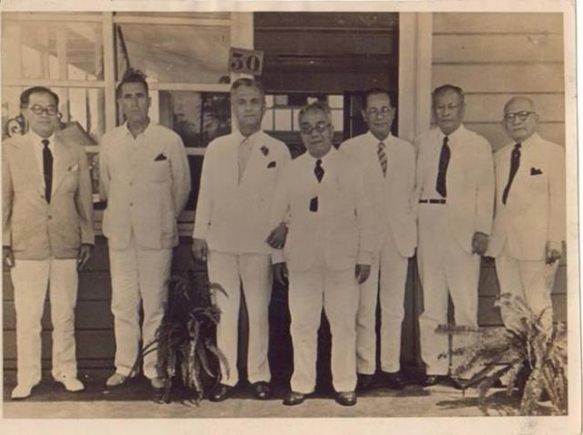 PRES. MANUEL L. QUEZON WITH FIRST CITY MAYOR TOMAS MORATO PHOTO ARCHIVE
