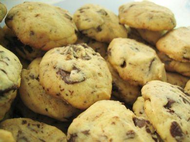 Chunky Choc Cookies