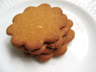 Ginger Almond Thins