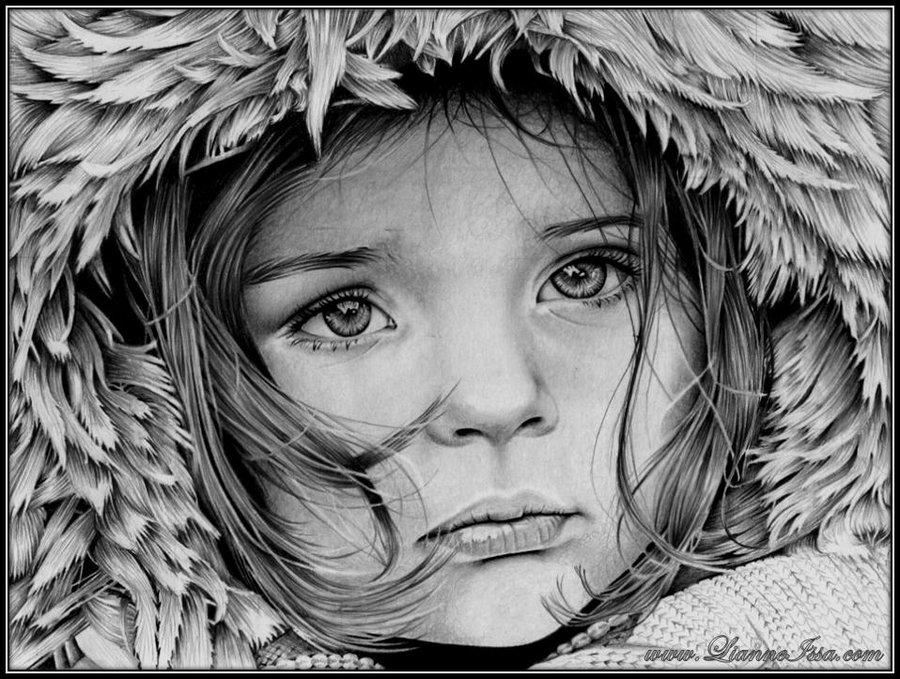 beautiful photo of a little girl in a winter fur hood
