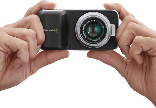 半額ブラックマジックポケットシネマカメラ