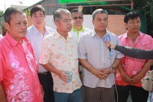 Klong Koh Pee Community receives community land title