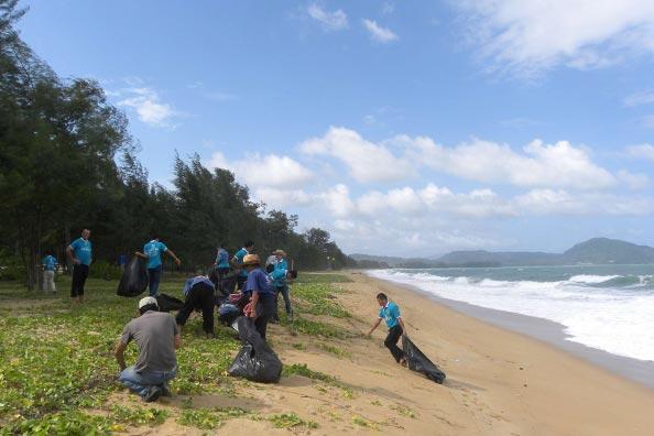 Phuket Beach Cleaning