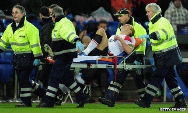 Man Utd confirm Nemanja Vidic will miss rest of season
