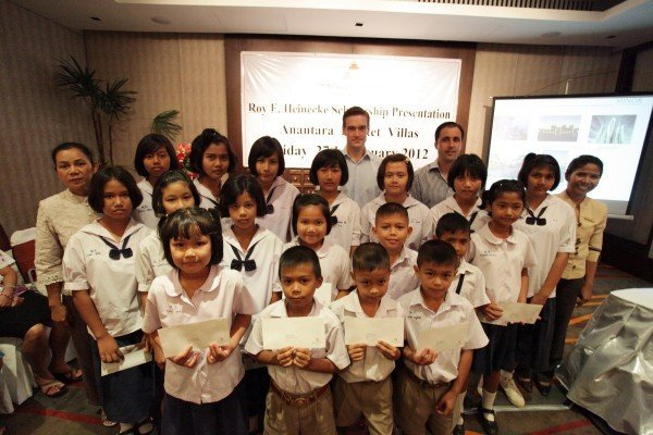 Anantara Phuket Villas present the Roy E. Heinecke Foundation scholarships