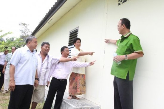 compensate earthquake victims