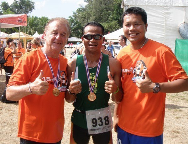 Dusit Thani Laguna Phuket staff enters International Bangkok Triathlon