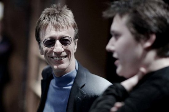 Robin Gibb of Bee Gees passes away