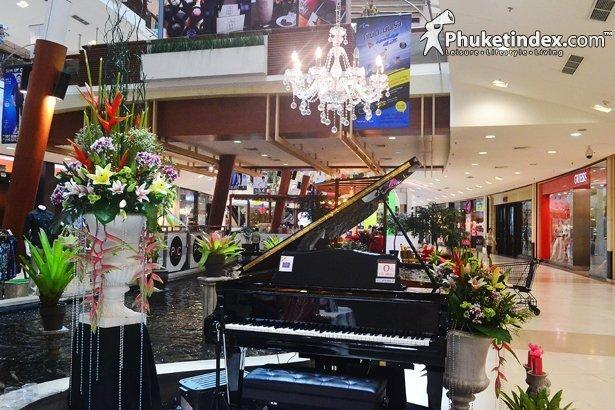 Central Festival Phuket opening 'Piano Corner'
