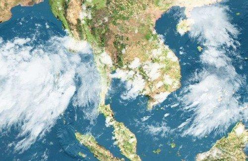 Phuket hit by high winds and heavy rain