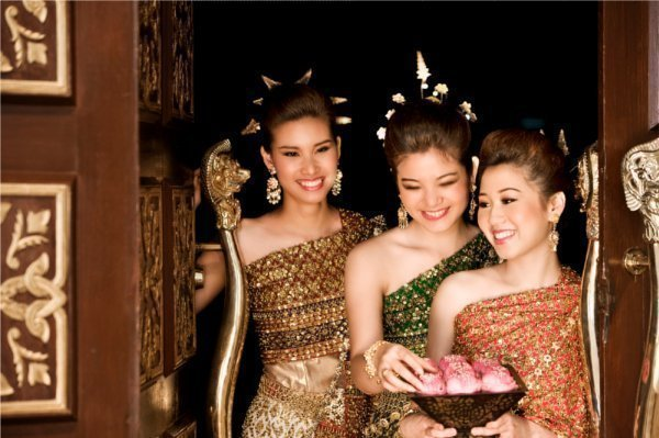 Phuket's Dusit Thani Laguna launches Silver Jubilee promotion