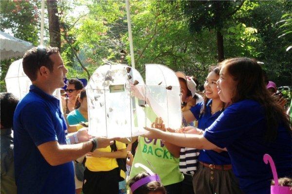 Phuket's Thaynapura Give Back Campaign