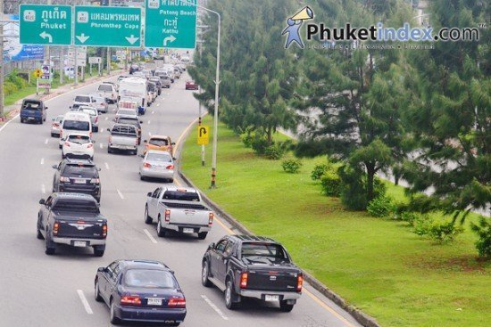 Phuket launches vehicle road worthiness project