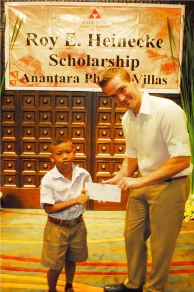Phuket's Anantara Villas award Roy E. Heinecke Foundation scholarships