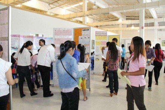 Phuket job fair provides 336 jobs for workers