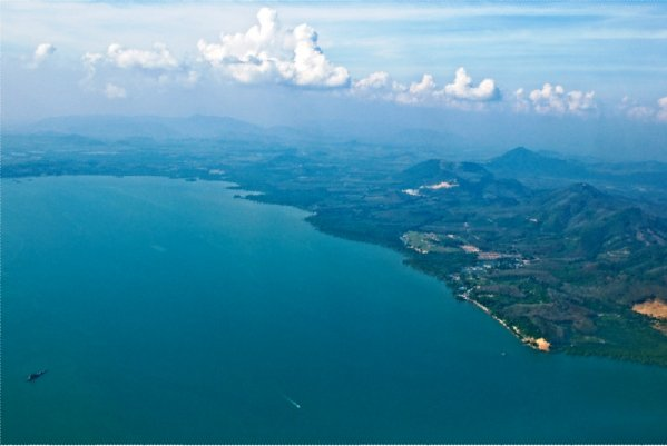 According to the latest airline passenger traffic reports, passenger traffic growth continued at Phuket International Airport in the month of May 2013.  Phuket International Airport (HKT) recorded the highest year-on-year percentage increase of 28% in the month of May 2013.