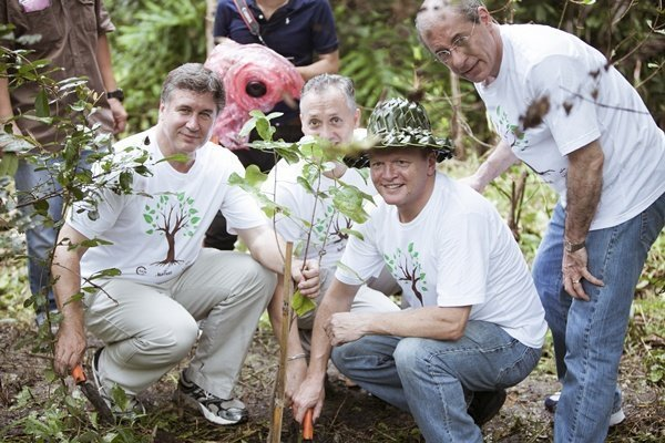 IUCN and Marriott join for environmental project