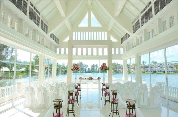 Angsana Laguna Phuket for Celebrating Everlasting Love