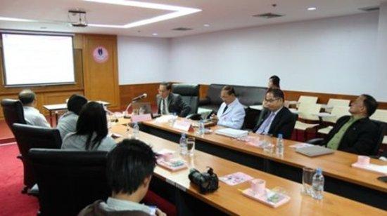 Phuket Hospital hosts Health Insurance Research study trip