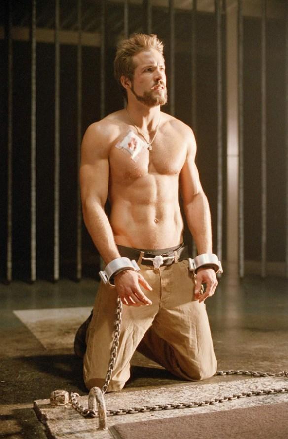 Ryan-Reynolds-Blade-Trinity-muscle-sexy