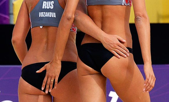 fesse-musclé-beach-volley