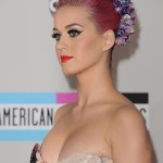KatyPerry-decollete