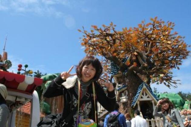 迪士尼吃住免費還有錢拿!….我在東京迪士尼當導遊