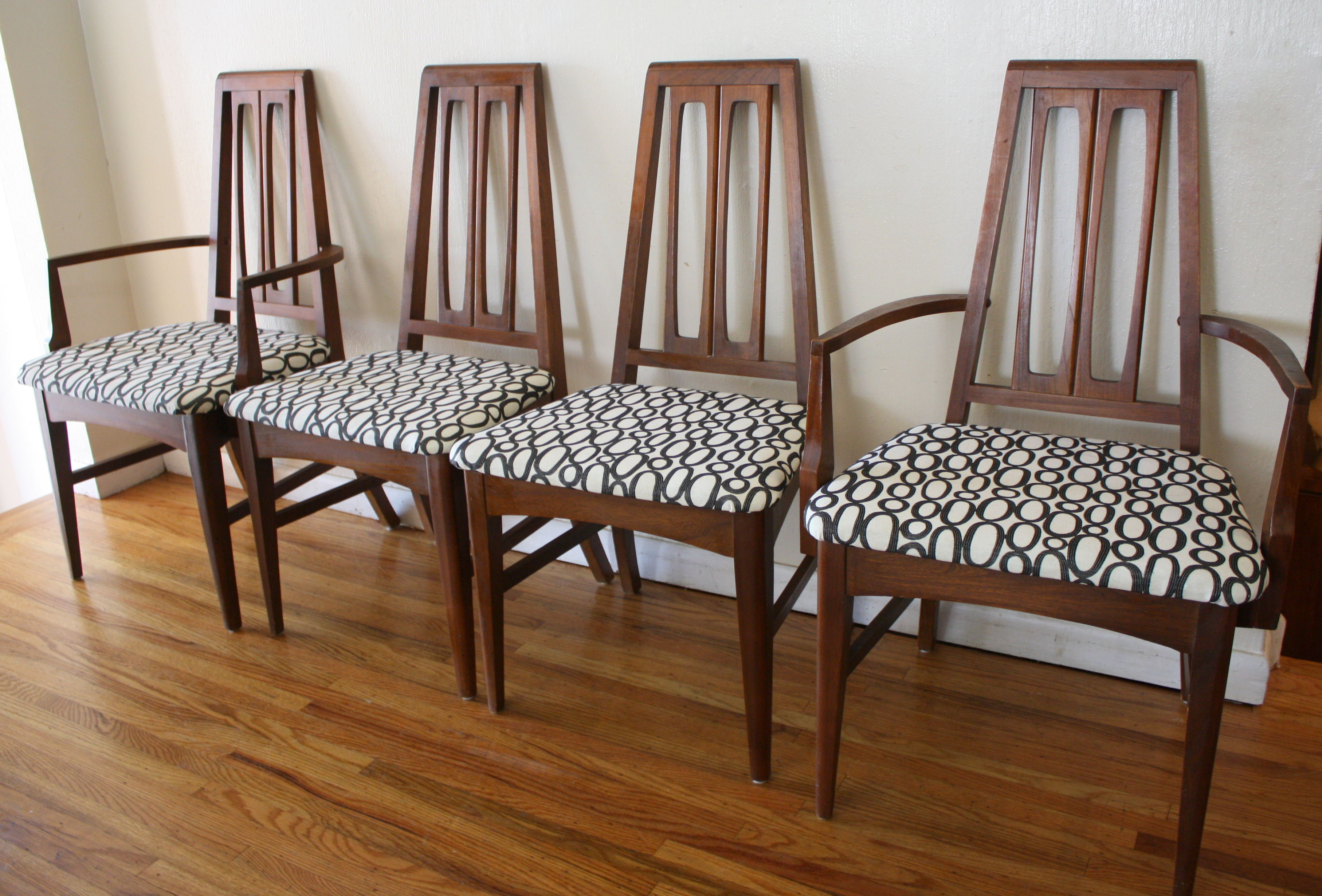 mid century modern dining chairs mid century kitchen chairs mcm sculpted geometric back dining chairs 1