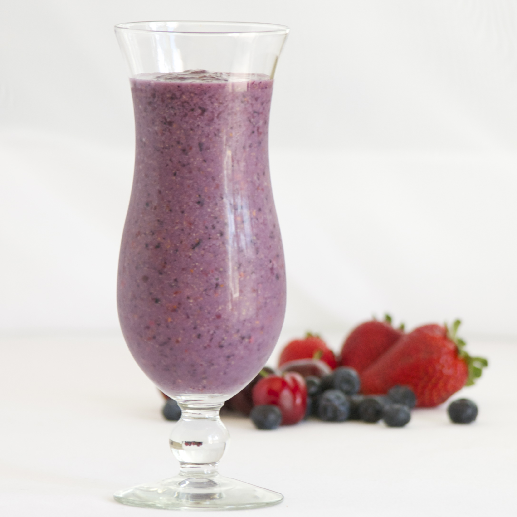 This Antioxidant Smoothie is a great way to fuel your body and get ...