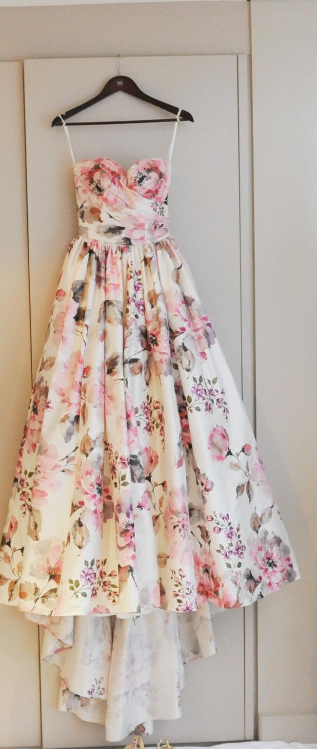2nd hand wedding dresses Wendy Makin Katelyn Second Hand Wedding Dress Still White