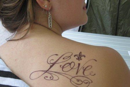 shoulder tattoo design for girls