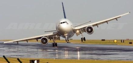 6-consejos-para-realizar-un-largo-viaje-en-avion-sin-sufrir-630x300