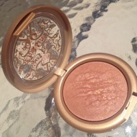 Urban Decay Baked Bronzer- Gilded