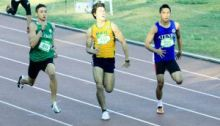 Cid Centre running with Pach Unso (left) and Soriano (right) in the UAAP 200 finals.