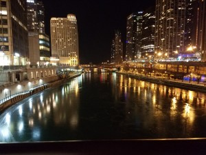 City views and the Chicago River - LIVE FREE