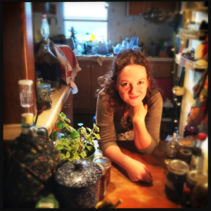 Amber Shehan is the head pixie in charge at Pixiespocket.com. Visit to learn about herbalism, foraging, brewing, and more!
