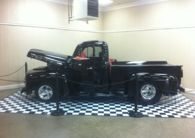 Restored Classic Truck Body Shop White House