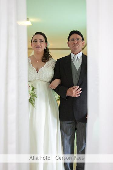 Entrada da noiva. Foto: Alfa Foto.