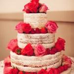 Naked cake bolo de casamento branco e pink. Foto: Sollas Wedding Photography.