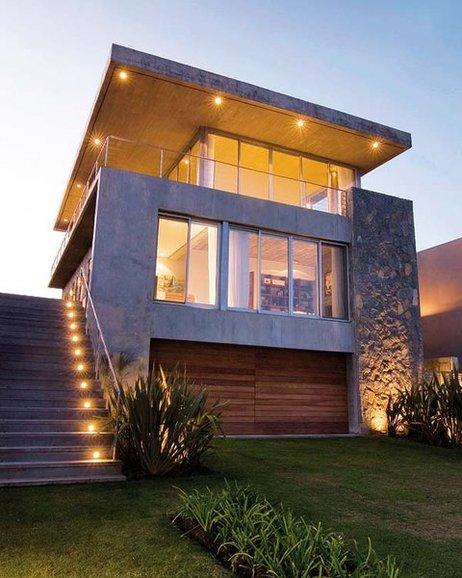 16 fachadas de casas con piedras planos y fachadas for Marmol en la construccion