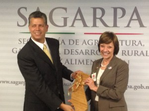 CDFA Secretary Karen Ross with Mr. Raúl Urteaga Trani, General Coordinator of International Affairs at SAGARPA