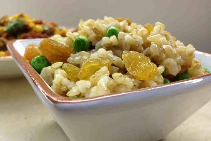 Raisin Rice Pilaf (Vegan, Oil-free)