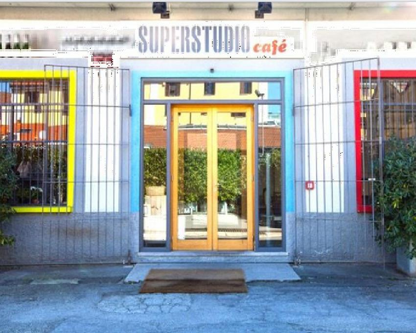 © Super Studio Café