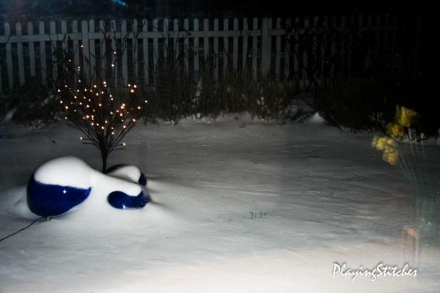 [:en]snow in my garden March [:ru] снег в конце марта в моем саду
