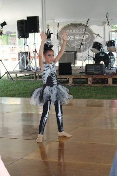 Aaliyah Hogan age 6 (Talent Show Dance)