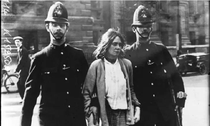 Suffragistes et Suffragettes, le combat des femmes en Angleterre