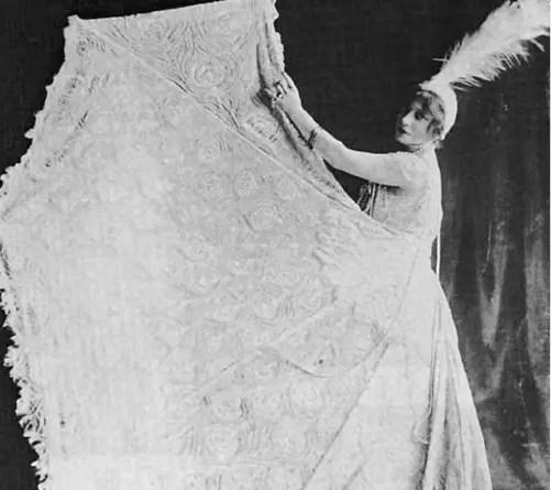 Anna Held : gloire et désillusions d'une étoile de Broadway