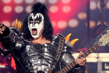 genesimmons-cusica-plus
